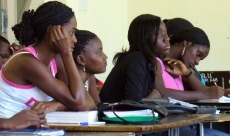 Students attend  a university class/ Internet Photo